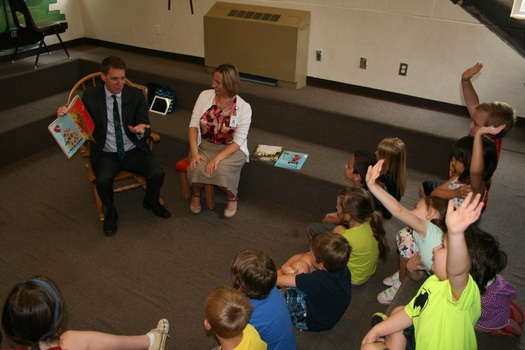 "PHOTO: Missouri Secretary of State Jason Kander has been popping in at local libraries to read to children as part of the ""Racing to Read"" program, made possible through grants from his office. Photo courtesy of L. Swinford"