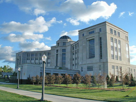PHOTO: A new analysis examines the impact of last-minute campaign spending by special-interest groups on judicial elections in Michigan and other states. Photo credit: Subterranean/Wikimedia.