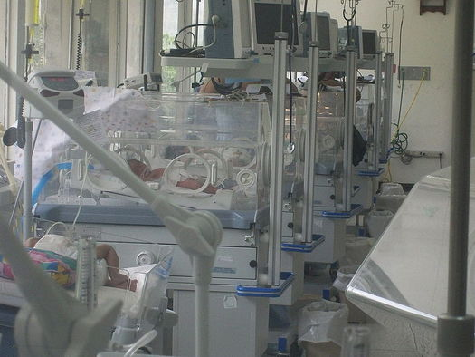 PHOTO: It�s World Prematurity Day, and efforts are under way in Ohio to raise awareness about the frequency of prematurity, its consequences and the need for continued research. Photo credit: Bobjgalindo/Wikimedia.