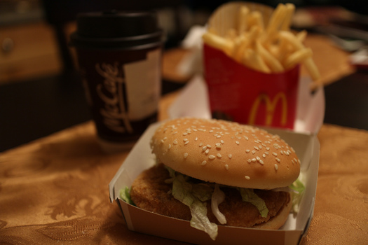 "PHOTO: The U.S. Public Interest Research Group argues McDonald's ""Happy Meals"" could be happier if the restaurant would only serve meat that's been raised without antibiotics. Photo credit: Elsie Hui/Flickr."