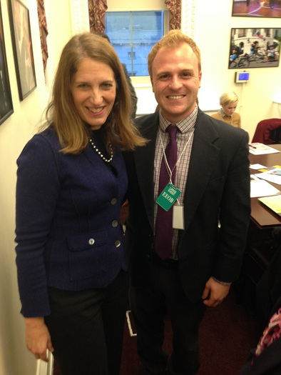 "PHOTO: U.S. Health and Human Services Secretary Sylvia Mathews Burwell with Jason Donofrio from the Arizona PIRG Education Fund at a recent White House Healthy Young America Conference, which included a focus on ""National Youth Enrollment Day."" Photo courtesy of Arizona PIRG."