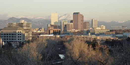PHOTO: The smog that Denver residents and other Coloradans experience is the result of ground-level ozone, and can make breathing more difficult for many residents. The EPA is considering tougher smog standards. Photo credit: Payton Chung/Flickr Commons.