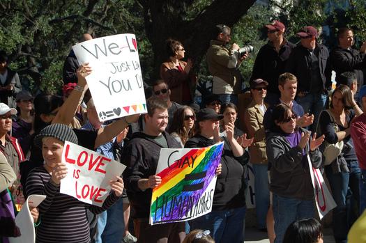 Foto: La Suprema Corte de los EE. UU. escuchar� el mes pr�ximo los argumentos sobre la constitucionalidad de la prohibici�n del estado a los matrimonios del mismo sexo, tal como est� actualmente en Texas. Cr�dito de la foto: us006409/Flickrl.