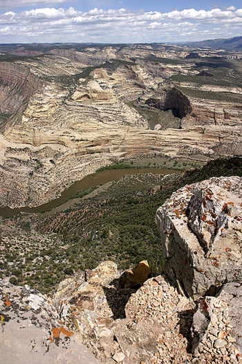 PHOTO: The U.S. Bureau of Land Management has set new rules for oil and gas drilling on public lands near Dinosaur National Monument to minimize environmental impacts to an area that attracts 275,000 visitors annually and pumps over $15 million into the local economy. Photo credit: Ken Walker/Wikimedia Commons.