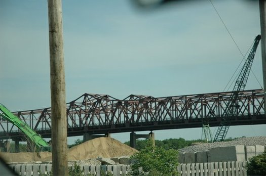 PHOTO: Illinois has one of the nation's highest percentages of bridges in need of major repair or upgrading, according to a new report that breaks down the numbers state by state. Photo credit: Robert Guico/Wikipedia.