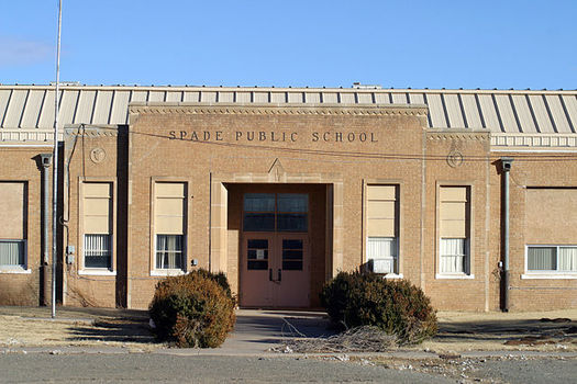 PHOTO: According to a new report, in order for Texas to meet infrastructure needs and make sure schools and parks stay open, costs needs to be shared more fairly among taxpayers. Photo credit: Leaflet/Wikimedia commons.
