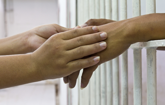 A new Texas law goes into effect this week guaranteeing county jail inmates at least two 20-minute in-person visits per week. Credit: Montian Noowong.