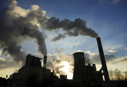 A new report highlights how U.S. presidents have legal authority to keep 450 billion tons of climate pollution in the ground. Credit: Dirk Freder