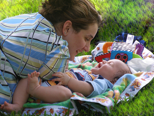 Paid family leave programs are linked to improved health outcomes for children and families. Credit: manuere/Morguefile