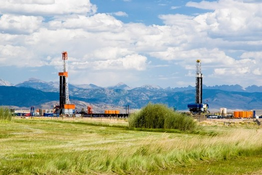 Natural gas drilling rig near Pinedale in the Upper Green River Basin in Wyoming. Credit: Environmental Defense Fund