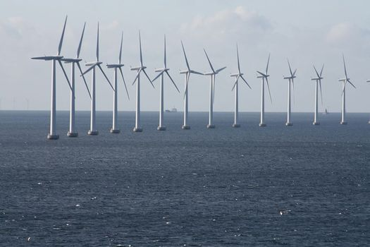 An offshore wind farm has been proposed for the same area as the Port Ambrose Project.  Credit: Politikaner/Wikimedia Commons