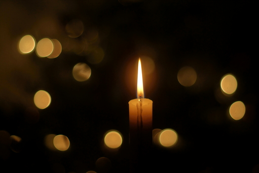 A candlelight vigil at the State Capitol Building will honor lives lost to drunk driving. Credit GaborfromHungary/Flickr