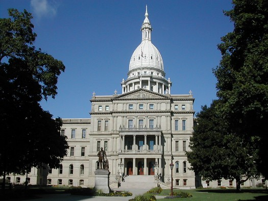 At the Michigan State Capitol, 21 percent of lawmakers are female. (Nikopoley/Wikimedia Commons)