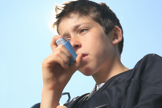 As the overall asthma rate among U.S. children drops, the country's poorest continue to see growing rates, according to the CDC. (iStockphoto)