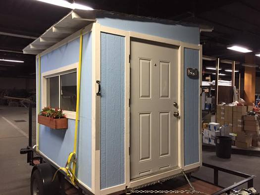 Volunteers are building tiny houses as temporary shelters for the homeless. (Elvis Summers)