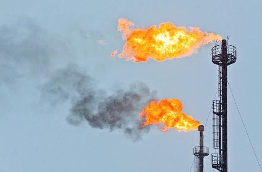 Natural gas flaring on federal and tribal land would be reduced and taxed under new rules proposed by the Bureau of Land Management. (Environmental Defense Fund)