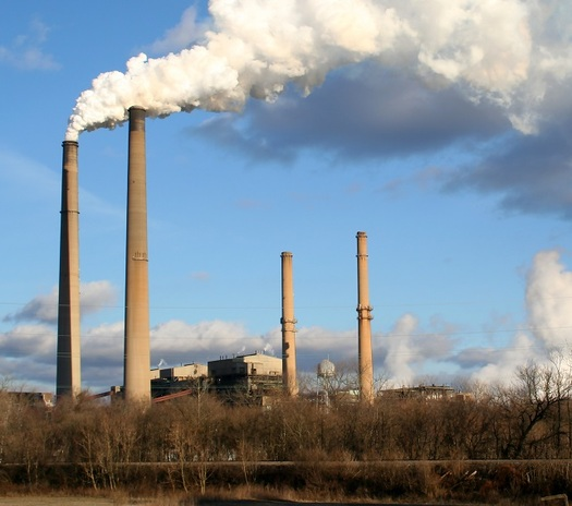 As the EPA's Clean Power Plan is being challenged in court, groups that support the plan are concerned the delay will slow momentum for cleaner energy options for Missouri. (click/morguefile)