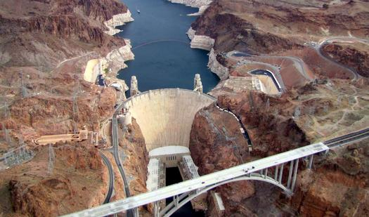 White rings around Lake Mead behind Hoover Dam show how much water levels have dropped in the Colorado River Basin. (AlexandraHenryAlves/morguefile)