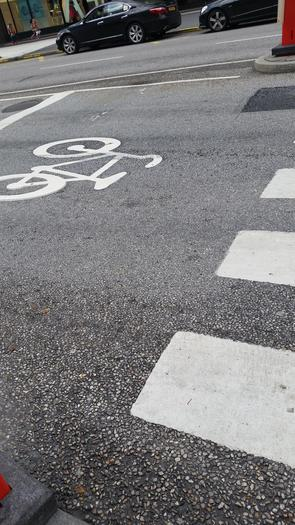Sustain Charlotte is calling on city leaders to invest in an east-west bike path in uptown Charlotte. (46birds/morguefile)