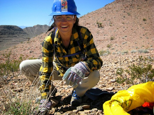 "The ""Alternative Spring Break"" program allows college students to give back to the environment. (Jose Witt/Friends of Nevada Wilderness)"