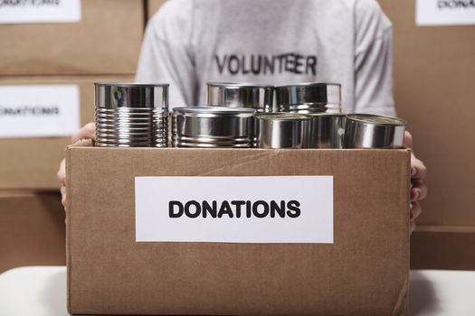 South Dakota college basketball fans are helping local teams earn the most food donations. (iStockphoto)