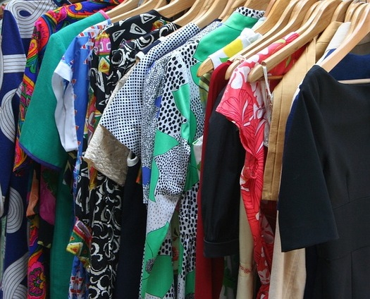 A blogging mom says Iowans can find designer clothes at deep discounts at secondhand shops. (Pixabay)