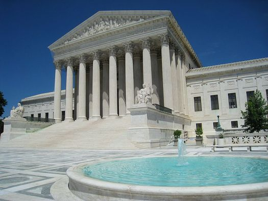 With a tie vote in the Supreme Court, its ruling on labor unions' right to collect dues from people they represent but who don't want to join will not set a precedent. (Daderot/Wikimedia Commons)