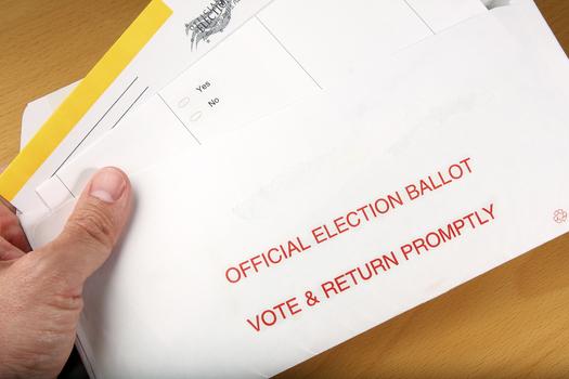 "Nevada voting advocates call Monday's Supreme Court decision on state voting districts ""groundbreaking."" (svanblar/iStockphoto)"