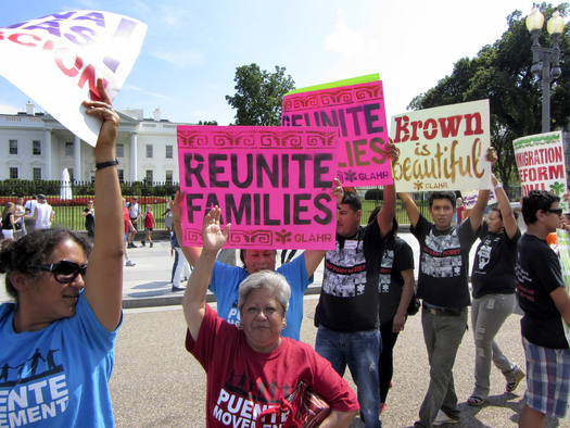 Immigrant-rights groups march in front of the White House in 2013 asking the president to halt deportations and keep families together. (Coast-to-Coast/iStock)