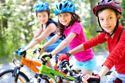 Students from more than 100 Colorado schools are hitting the streets today in celebration of Bike to School Day. (SylwiaAptacy/Pixabay)