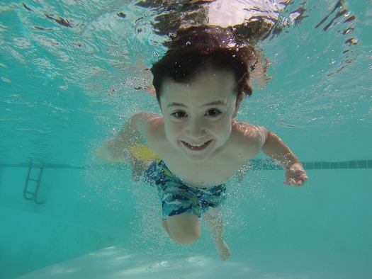 Experts say children and adults alike should know the basics of swimming. (Pixabay)