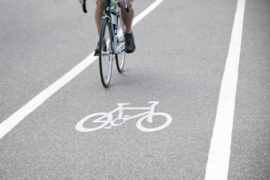 More than 40 Minnesota mayors want state lawmakers to include adequate funding for new bike and walking paths in the next transit budget. (iStockphoto)