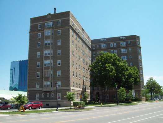 An increasing number of multi-unit residential buildings are adopting a smoke-free policy, with support from the American Lung Association in Wisconsin. (Wikimedia Commons)