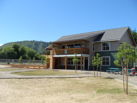 This multi-family housing unit in Cashmere, Wash., was developed by the Office of Rural and Farmworker Housing to serve farmworkers' families. (Marty Miller/ORFH)