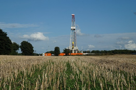 Oil and gas groups have raised more than $6 million to defeat ballot initiatives that would limit fracking. (Pixabay)