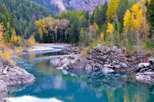 The Flathead River is part of the watershed covered by the Confederated Salish Kootenai Tribe's water compact.(skeeze/pixabay)