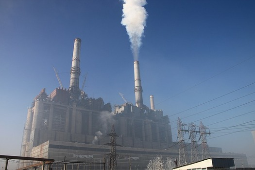 Carbon pollution from power plants would increase across the West if a proposal to merge California's energy market with PacifiCorp goes forward, according to a new study. (Pixabay)