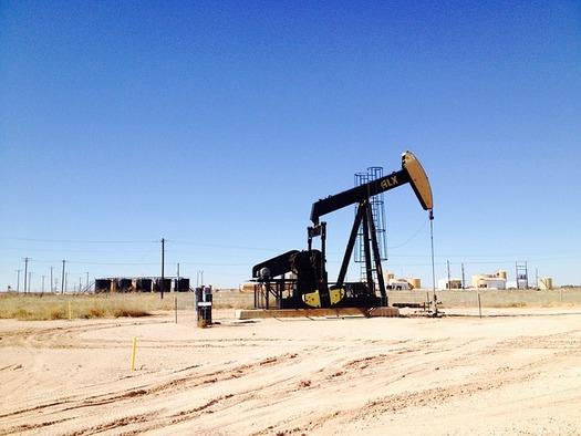 A federal judge has struck down the Bureau of Land Management's fracking rules. (jwigley/Pixabay)