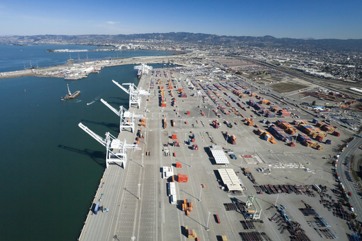 The city of Oakland, Calif., has banned coal handling at its port facilities, blocking a plan for producers to use the facility to export Utah coal. (JanHanusSr/iStockphoto)