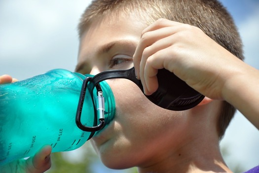 A new study shows kids will drink more water if it's served cold, and in a cup. (Pixabay)