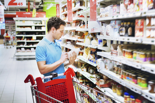 The Minnesota Farmers Union is concerned that the new federal GMO labeling law may create confusion for some consumers. (iStockphoto)