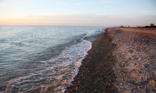 Massive sand erosion is eating away at the wildlife habitat areas of Illinois' State Beach Park. A new regional plan aims to reverse that trend. (Illinois Department of Natural Resources)
