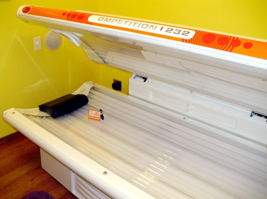 A lack of policies to regulate the use of tanning beds contributes to low marks for Utah in a new report on cancer policies. (jdurham/morguefile)