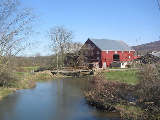 About 1,400 miles of rivers and streams in five priority counties have been damaged by agricultural pollution. (Ruhrfisch/Wikimedia Commons)