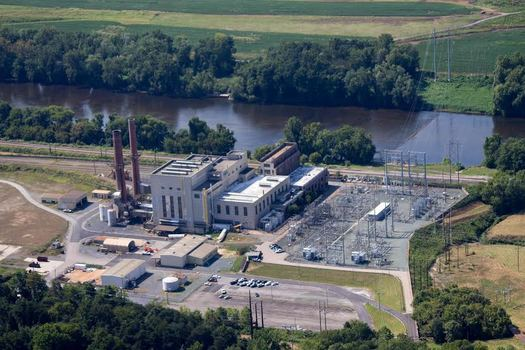 Critics say Dominion Virginia plans to rely too heavily on fossil fuel plants, like the Bremo Power Station, to generate power in the next two decades. (Nick Kotula)