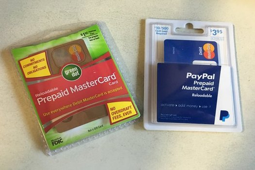 The federal government just issued new rules to make prepaid credit cards more consumer-friendly.(Ricardo Quinto/Center for Responsible Lending)
