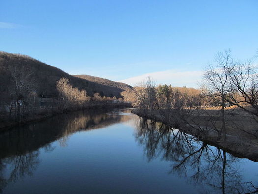 Under a consent decree approved in 2000, General Electric agreed to clean up PCBs in the Housatonic River.  (John Phelan/Wikimedia Commons)