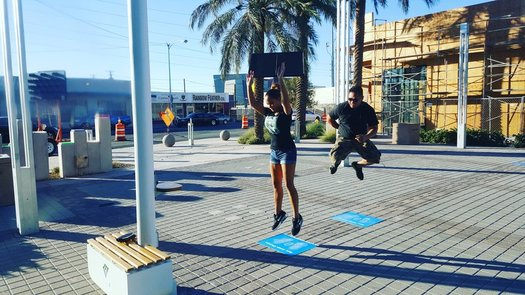 New streetlights in Boulder Plaza in Las Vegas are powered by kinetic pads that absorb vibrations made by pedestrians. (EnGoPlanet)