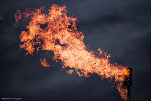 """El """"Bureau of Land Management"""" termin� y emiti� una regla para reducir el gas metano que se desperdicia en los sitios de pozos de petr�leo y gas a trav�s de procesos como el flameo y la ventilaci�n. (Mason Cummings/The Wilderness Society)"""