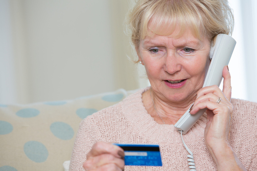 A consumer expert says it's best to keep the debit card in your wallet during the holiday season. (Daisy-Daisy/iStockPhoto)